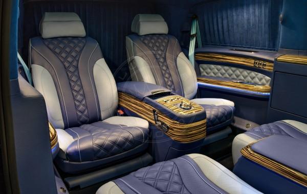 Mercedes Benz V-class Mont Blanc