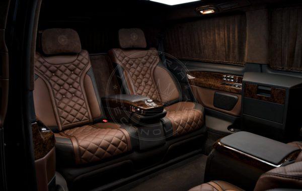 Mercedes Benz V class Dome du Gouter 59