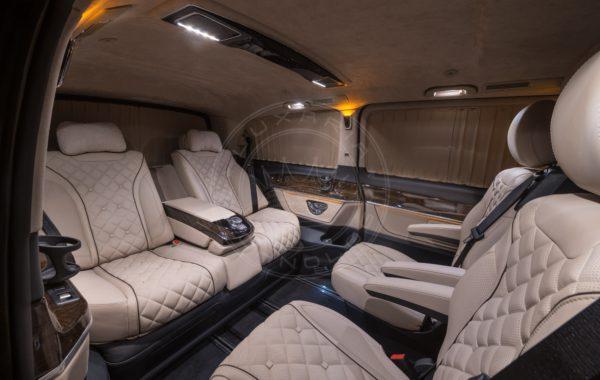 Mercedes Benz V class Mont Rose 74