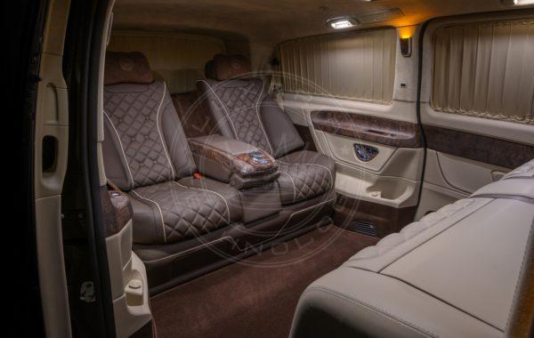 Mercedes Benz V class Mont Rose 76
