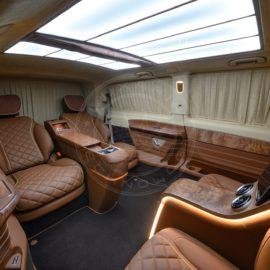 Mercedes Benz V class Dome du Gouter 95
