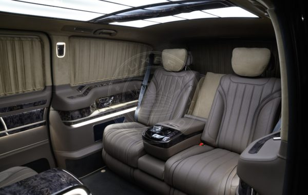 Mercedes Benz V class Dome du Gouter 99