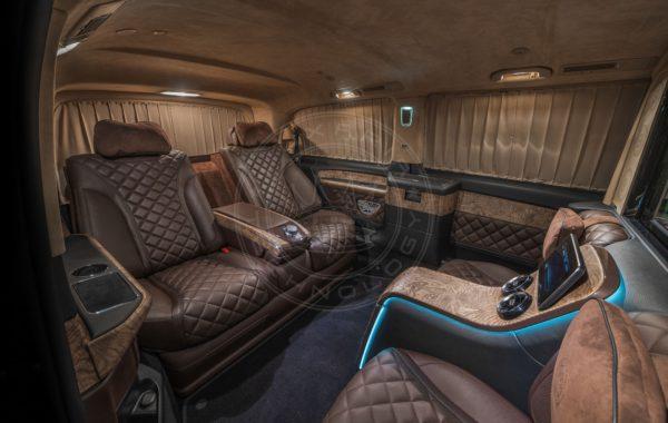 Mercedes Benz V class Dome du Gouter 101
