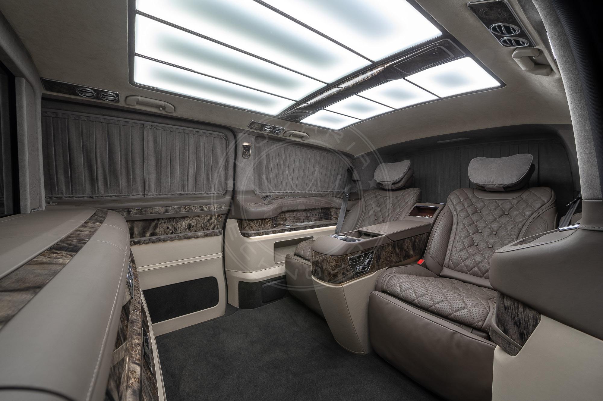 Mercedes Benz V class Everest 118